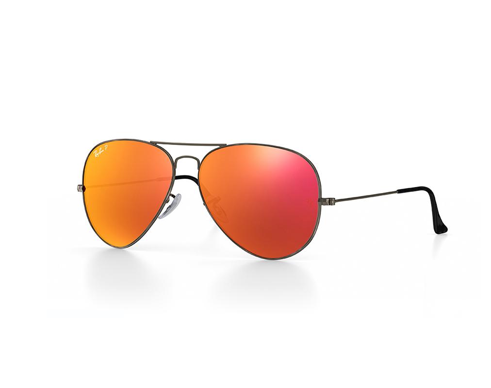 a94d38a12 Ray-Ban® e a fama por trás dos óculos - Frames