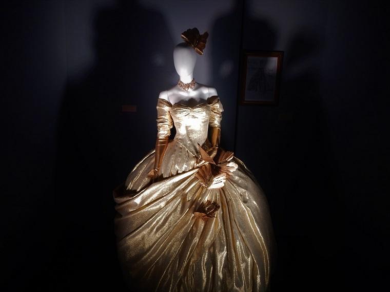 Exposição Hitchcock MIS Vestido Grace Kelly