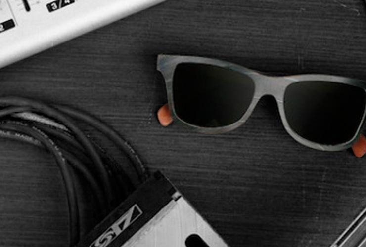 oculos feitos de vinil